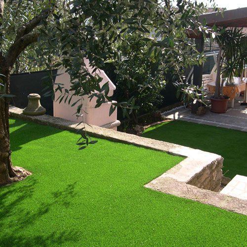 Zuideuropese tuin met kunstgras